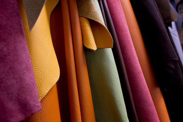 Eine Auswahl verfügbarer Lederfarben
